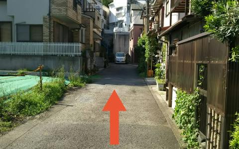 横浜ランドマークタワーから近くて安い《軽自動車》西戸部町1-16-14駐車場