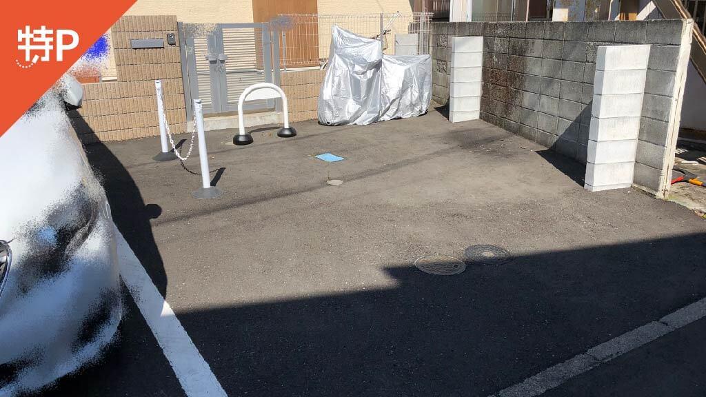 長谷寺から近くて安い《軽自動車》雪ノ下1-3-25駐車場