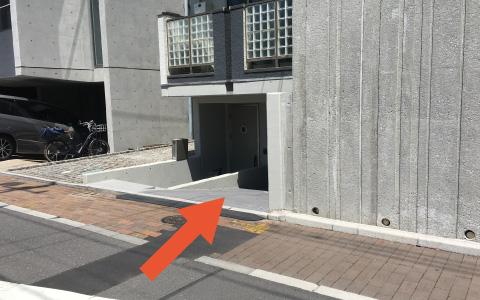 西麻布から近くて安い【高さ制限有】広尾2-21-13駐車場