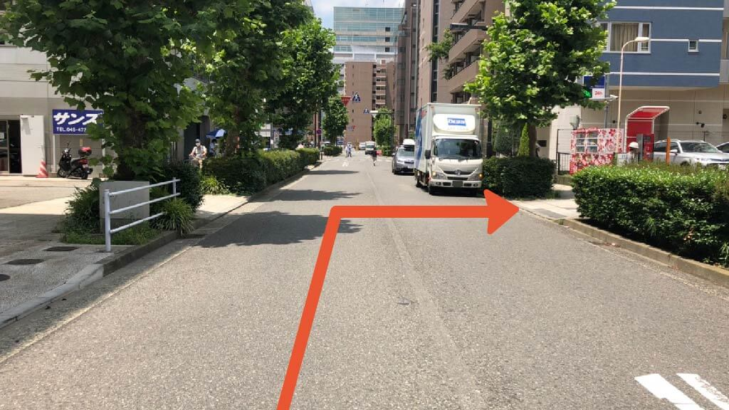 新横浜ラーメン博物館から近くて安い新横浜3-8-2付近駐車場