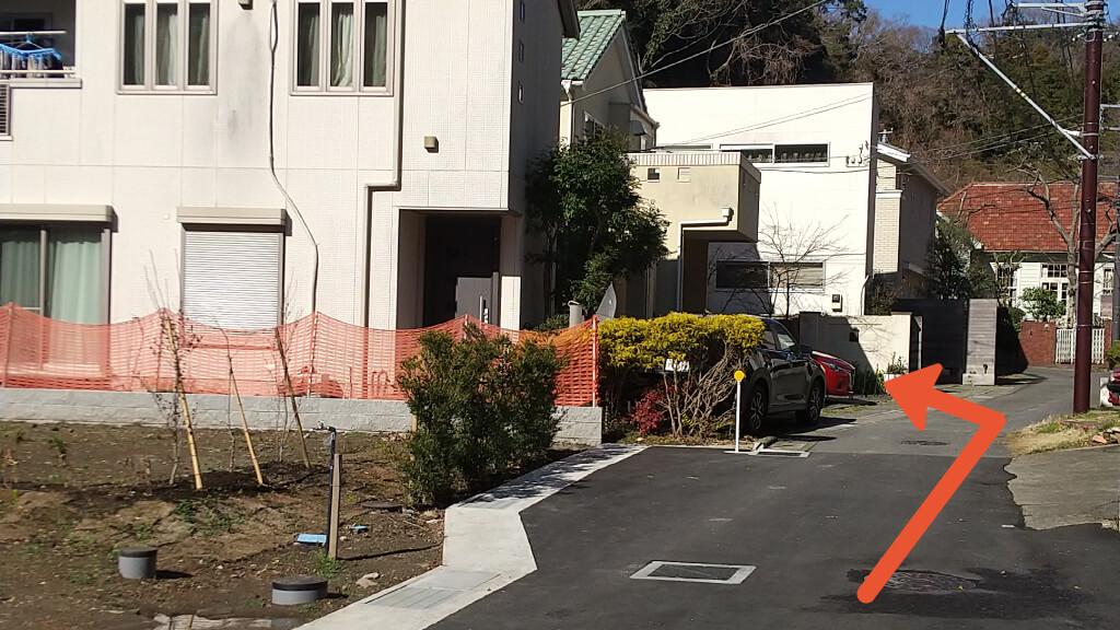 鶴岡八幡宮から近くて安い《軽・コンパクト》扇ガ谷2-21-9駐車場